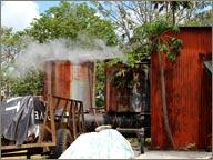 photo de machine distillerie pere labat